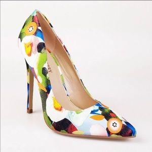 Shoes - Foral Pumps